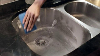 CLR Bath & Kitchen Cleaner TV Spot, 'We Make Cleaning Cleaner' - Thumbnail 3