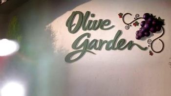 Olive Garden TV Spot, '2 for $25 is Back!' - Thumbnail 2
