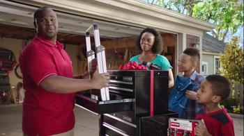 Kmart TV Spot, 'A Bigger Father's Day' - Thumbnail 6