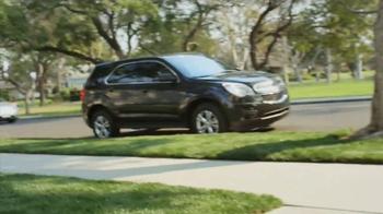 2014 Chevrolet Equinox TV Spot, 'Great Features' - Thumbnail 2