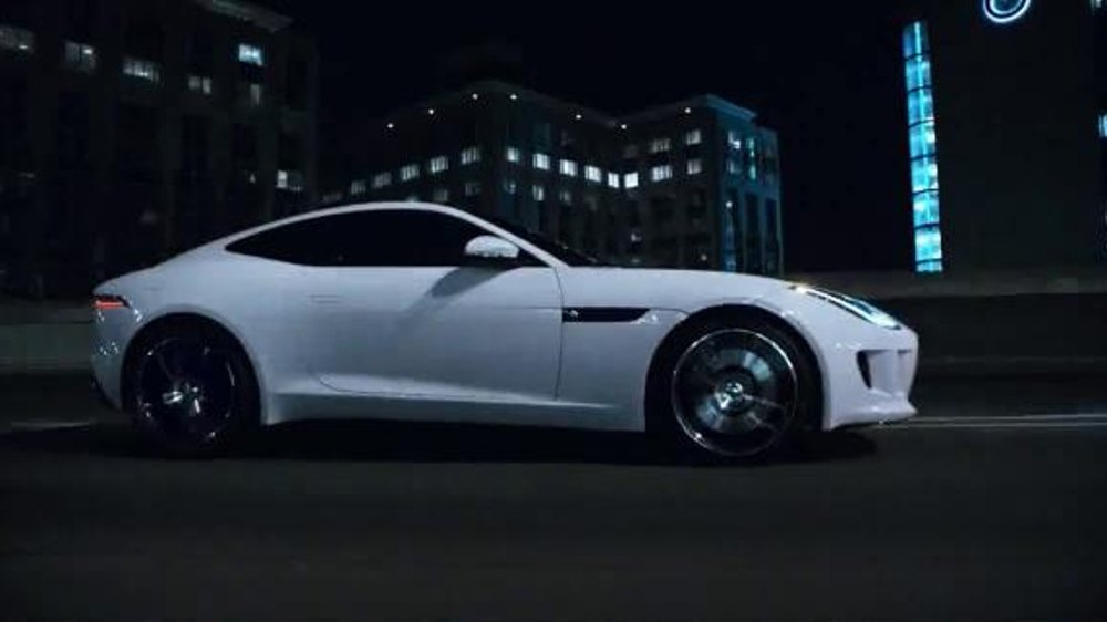 Jaguar F-Type Coupe TV Commercial, 'No Need to Shout'