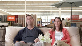 Big Lots Go Big Father's Day Event TV Spot, 'Big Lots Outdoor: #InThePool' - Thumbnail 6