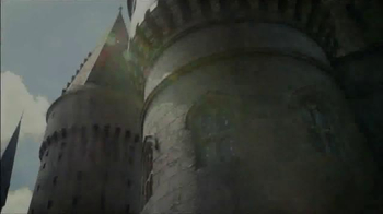The Wizarding World of Harry Potter TV Spot, 'Hogsmeade & Diagon Alley' - Thumbnail 1