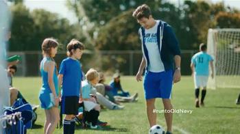 Old Navy Active TV Spot, 'Fútbol' Con Dascha Polanco [Spanish] - Thumbnail 4