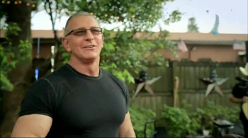 Transitions Adaptive Optical TV Spot, 'Giving Back' Featuring Robert Irvine - Thumbnail 4