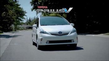 Toyota Prius V TV Spot, 'Did You Know?' - Thumbnail 2