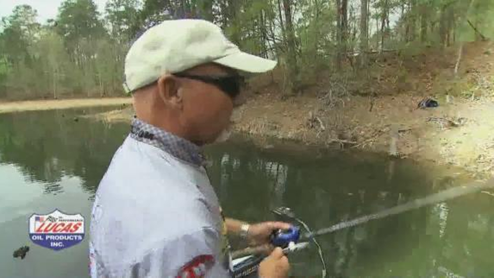Lucas Fishing Reel Oil TV Commercial, 'Saltwater and Freshwater Fishing'