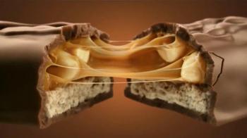 Snickers TV Spot, Letra por  Vulfpeck [Spanish] - Thumbnail 7