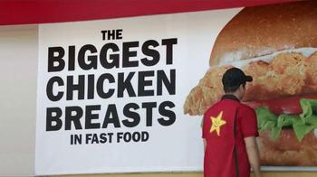 Carl's Jr. Big Chicken Fillet Sandwich TV Spot, 'Everybody Wants Some' - Thumbnail 8