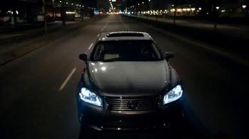 2014 Lexus LS TV Spot, 'Looking Ahead' - Thumbnail 9