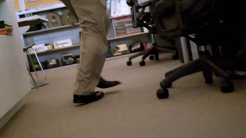 Hotwire TV Spot, 'How It Feels to Hotwire' - Thumbnail 4
