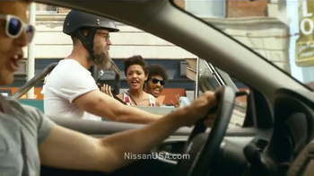2014 Nissan Sentra TV Spot, 'Spread Your Joy' Song by Billy Idol - Thumbnail 6