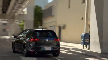Volkswagen Golf GTI TV Spot, 'Play-By-Play' Featuring Andres Cantor - Thumbnail 4