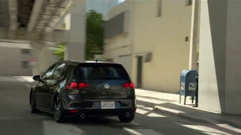 Volkswagen Golf GTI TV Spot, 'Play-by-Play' Con Andrés Cantor [Spanish] - Thumbnail 4