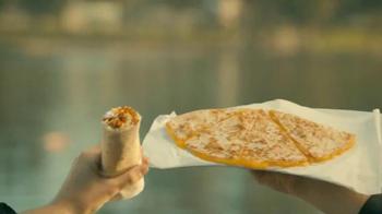 Taco Bell Quesarito TV Spot, 'Imagine' - Thumbnail 7