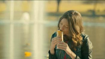 Taco Bell Quesarito TV Spot, 'Imagine' - Thumbnail 8