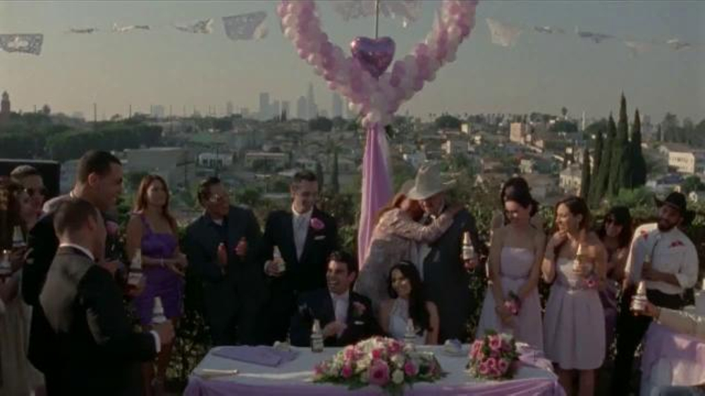Modelo Especial TV Commercial, 'Matrimonio'