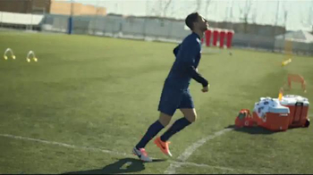 Gatorade TV Spot, 'Bibbidi-Bobbidi-Boo' Featuring Lionel Messi, David Luiz - Thumbnail 3