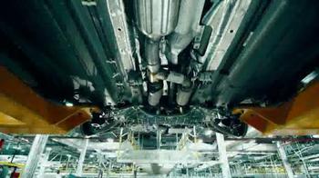 2015 Chrysler 200 TV Spot, 'Born Makers' Song by MoZella - Thumbnail 3