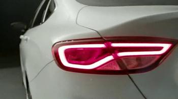 2015 Chrysler 200 TV Spot, 'Born Makers' Song by MoZella - Thumbnail 5