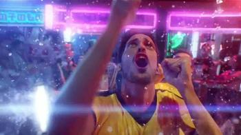 Coors Light TV Spot, 'Refresca Tu Pasión' Con Luis Amaranto Perea [Spanish] - Thumbnail 6