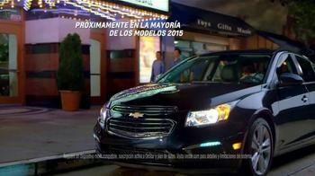 2014 Chevrolet Cruze TV Spot, 'Primera Cita' [Spanish] - Thumbnail 9