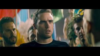 T-Mobile TV Spot, 'Cambiando las reglas del juego' con Shakira [Spanish] - Thumbnail 7