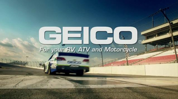 GEICO TV Spot, 'Lazy Crew' Featuring Casey Mears - Thumbnail 8