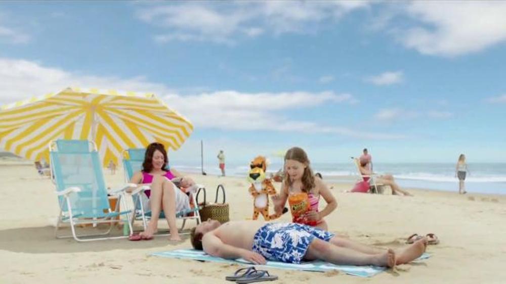 Cheetos TV Commercial, 'La Playa'