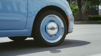 FIAT TV Spot, 'Size of Your Yacht' Song by Pharrell Williams - Thumbnail 5