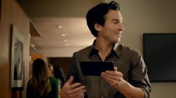 Amazon Kindle Fire HDX TV Spot, 'Dinner Party' - Thumbnail 3