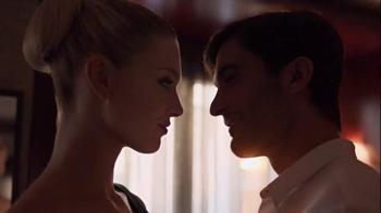Revlon TV Spot, 'Love Is On' - Thumbnail 7
