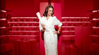 Macy's Star Gift TV Spot, 'Pure Magic' - Thumbnail 8