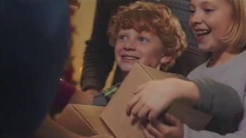 Harry & David TV Spot, 'Celebrate the Wonder of the Season' - Thumbnail 4