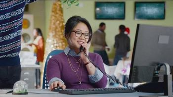 Discover Card Cashback Bonus TV Spot, 'Office Holiday Party' - Thumbnail 6