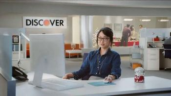 Discover Card Cashback Bonus TV Spot, 'Office Holiday Party' - Thumbnail 7