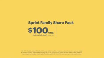 Sprint Family Plan TV Spot, 'Best Family Plan Ever' Song by Usher - Thumbnail 6