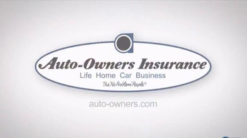 Auto-Owners Insurance TV Spot, '32 Christmases' - Thumbnail 10