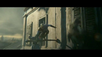Assassin's Creed Unity TV Spot, 'Fight Together' - Thumbnail 4