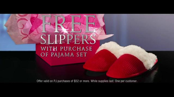 Victoria's Secret TV Spot, 'Free Pair of Slippers' - Thumbnail 4