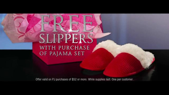 Victoria's Secret TV Spot, 'Free Pair of Slippers' - Thumbnail 5
