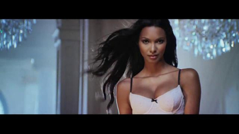 Victoria's Secret TV Spot, 'Free Pair of Slippers' - Thumbnail 6