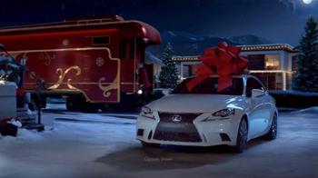 Lexus December to Remember Sales Event TV Spot, 'Christmas Train' - Thumbnail 6