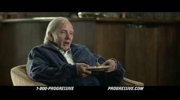 Progressive TV Spot, 'Flo's Family: Game Night' - Thumbnail 7