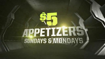 Dave and Buster's TV Spot, 'Game Day Specials This Holiday Season' - Thumbnail 5