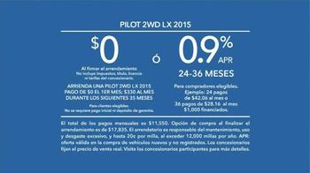 2015 Honda Pilot 2WD LX TV Spot, 'Bad Gifters: Pilot' [Spanish] - Thumbnail 9