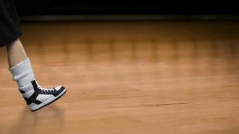 Enjoy Illinois TV Spot, 'MiniAbe | Littlest Basketball Fan' - Thumbnail 1