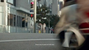 Volkswagen Golf Family TV Spot, 'Podium Race' Song by The Strokes - Thumbnail 6