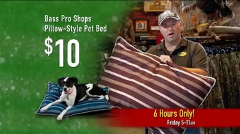 Bass Pro Shops Black Friday Sales Event TV Spot, 'Reel In the Savings' - Thumbnail 4