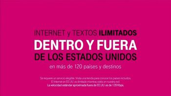 T-Mobile TV Spot, 'Las Distancias Se Acortan' Con Shakira [Spanish] - Thumbnail 7